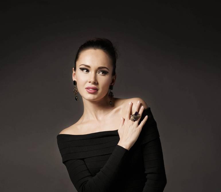 Аида гарифуллина – биография, фото, личная жизнь, муж и дети, рост и вес 2021