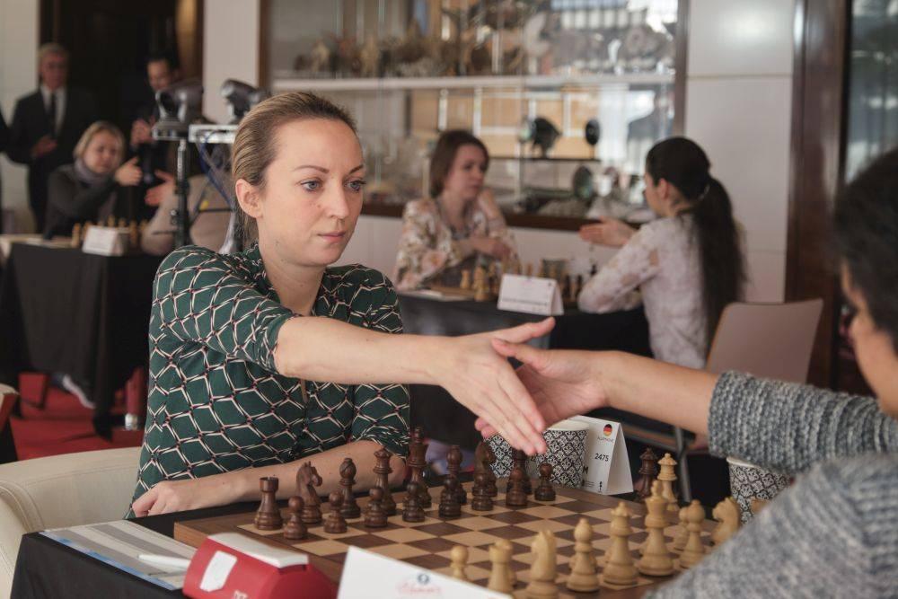 Шахматистка элизабет «бет» хармон: биография, прообраз (реальный персонаж)